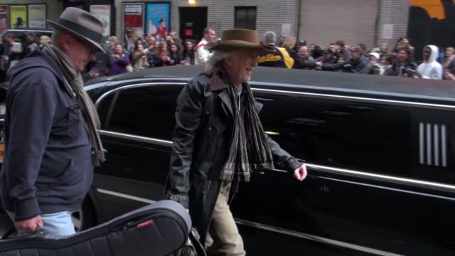 brad whitford of aerosmith outside the late show in new york, ny, on 11/01/12 - エアロスミス点の映像素材/bロール
