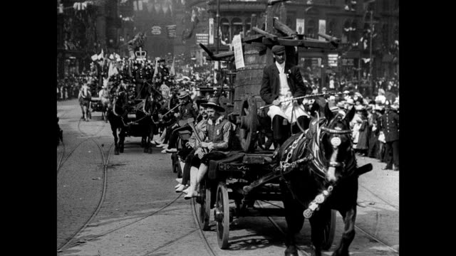 stockvideo's en b-roll-footage met bradford coronation procession, 1902 - edwardiaanse stijl