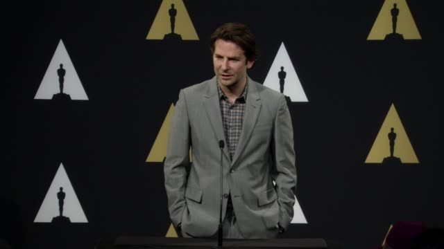 vídeos y material grabado en eventos de stock de interview bradley cooper at 87th annual academy awards nominee luncheon reception at the beverly hilton hotel on february 02 2015 in beverly hills... - the beverly hilton hotel