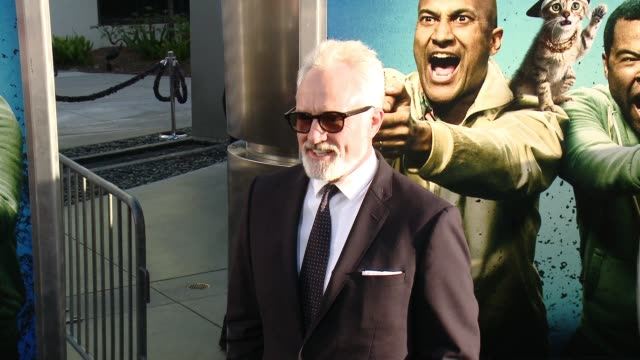 """bradley whitford at """"keanu"""" los angeles premiere at arclight cinemas cinerama dome on april 27, 2016 in hollywood, california. - bradley whitford stock videos & royalty-free footage"""