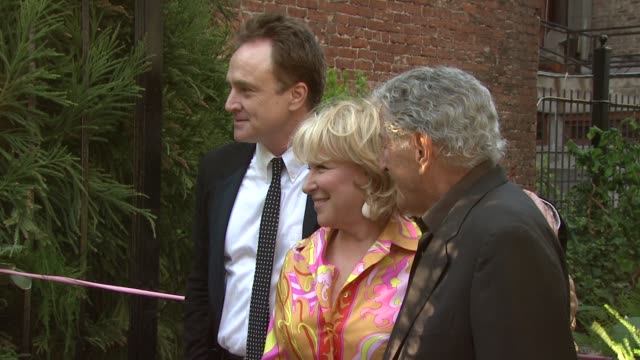 bradley whitford, bette midler and tony bennett at the seventh annual spring picnic at toyota children's learning garden at the toyota children's... - bradley whitford stock videos & royalty-free footage