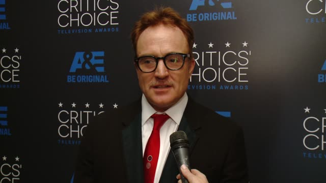 """bradley whitford on winning an award, and on the show """"transparent"""" at the 2015 critics' choice television awards at the beverly hilton hotel on may... - bradley whitford stock videos & royalty-free footage"""
