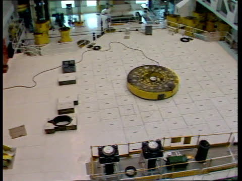 Bradwell Nuclear Power Station ITN LIB TMS Reactor cap in middle of floor PAN LR