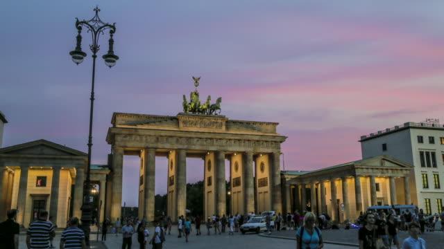 Brandenburg Gate dusk timelapse
