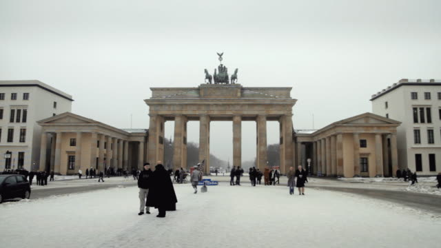 ws brandenburg gate in winter / berlin, germany - east berlin stock videos and b-roll footage
