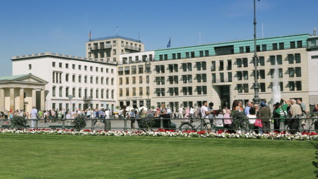 Brandenburger Tor (Brandenburg Gate) with Fountain and Lawn on Beautiful Sunny Day