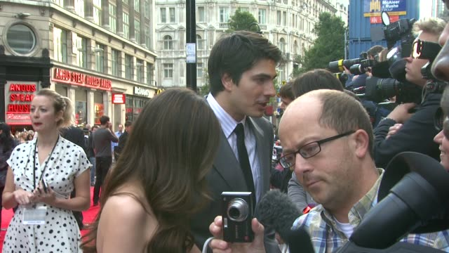 brandon routh at the scott pilgrim vs the world european premiere at london england - brandon routh bildbanksvideor och videomaterial från bakom kulisserna