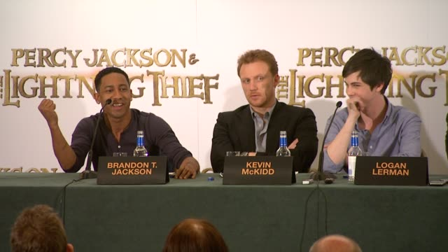 Brandon T Jackson on Chris Columbus being like a conductor on how he collaborates on a movie � he asks the audience if he's Rupert Grint Logan Lerman...
