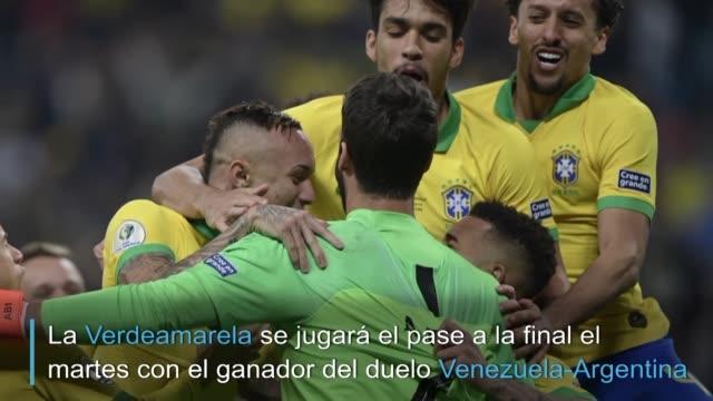 brasil consiguio el jueves un agonico pase a semifinales de la copa america2019 al batir por penales 43 a paraguay tras empate 00 en los 90 minutos... - brasile meridionale video stock e b–roll