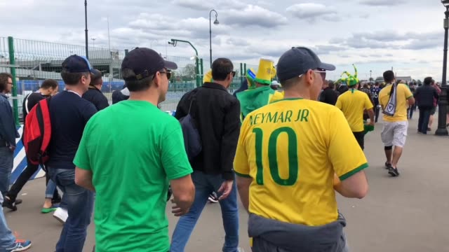 brazil fans enjoy the pre match atmosphere prior to the 2018 fifa world cup russia group e match between brazil and costa rica at saint petersburg... - stabilimento sportivo video stock e b–roll