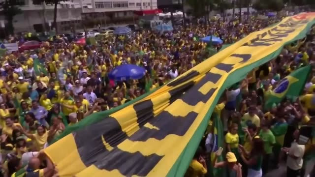 farright jair bolsonaro expected to win by landslide rio de janiero brazil jair bolsonaro's car along interviews with opponents and supporters brazil... - 殺人被害者点の映像素材/bロール