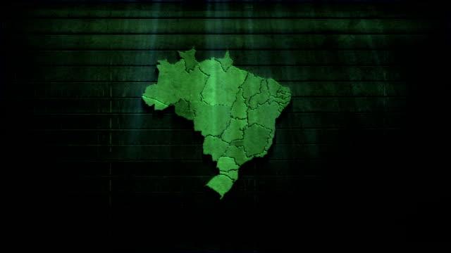 vídeos de stock, filmes e b-roll de brasil mapa de textura de madeira - mapa