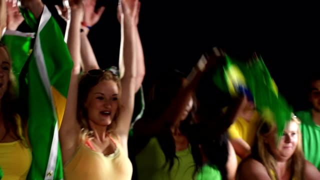 Brasilien Fußball, Fußball-fans führen Mexican Wave