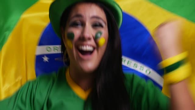 brazilian fan celebrating - pardo brazilian stock videos & royalty-free footage