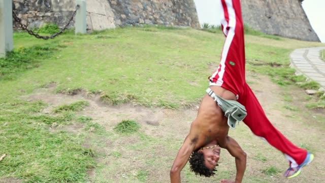 brazilian playing capoeira in salvador, bahia, brazil - pardo brazilian stock videos & royalty-free footage