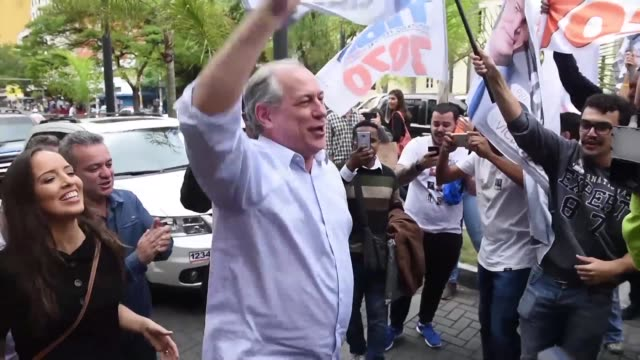 brazilian presidential candidate for the democratic labour party ciro gomes campaigns at a market in belo horizonte the capital of minas gerais ahead... - horizonte stock videos & royalty-free footage