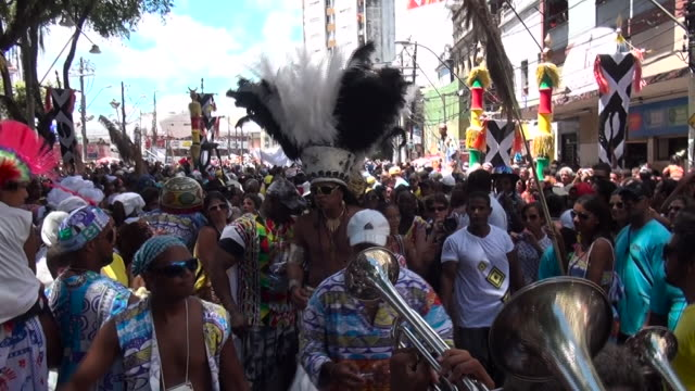 brazilian singer carlinhos brown draws the crowd in salvador carnival - bahia state stock videos and b-roll footage