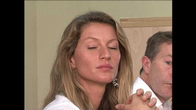 Brazilian supermodel Gisele Bundchen the worlds highest earning model for the past eight years is retiring from the catwalk at age 34 20 years after...