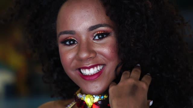 brazilian taking a selfie at carnival - brazilian carnival stock videos and b-roll footage