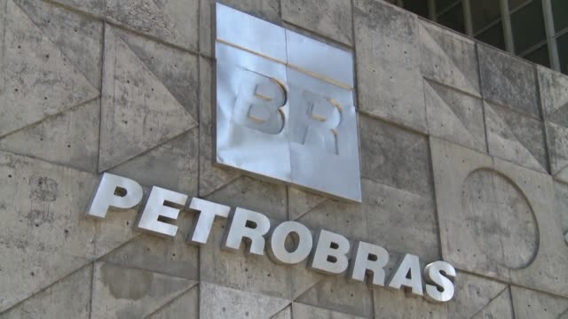 Brazil's troubled oil giant Petrobas on Thursday reported a 93 percent drop in profits in the second quarter of 2017 from the previous three months