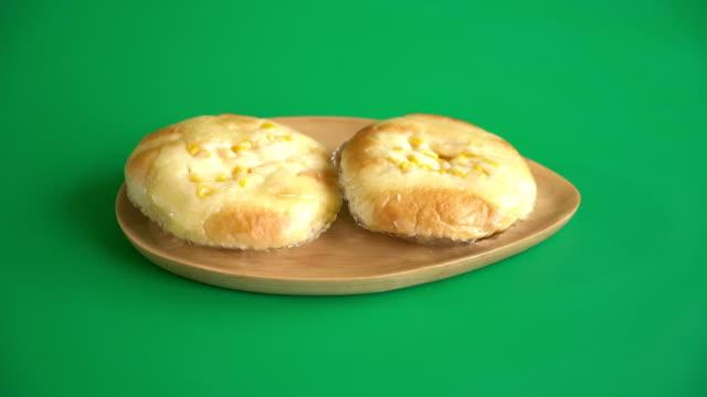 bread with corn mayonnaise