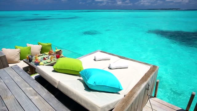Breakfast with a view, Maldives, Indian Ocean, Asia