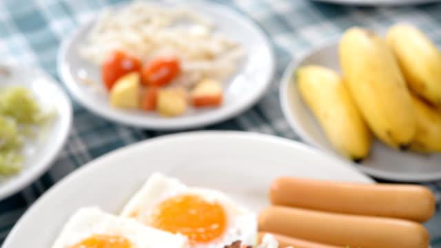 breakfast with egg, vegetables Hot dog