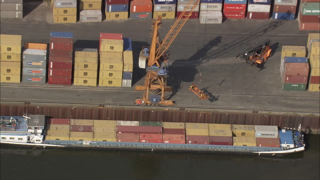 Bremen Docks And Lifting Container