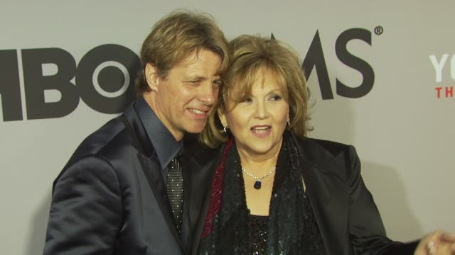 brenda vaccaro and guest at the hbo film's 'you don't know jack' new york premiere at new york ny - ブレンダ ヴァッカロ点の映像素材/bロール