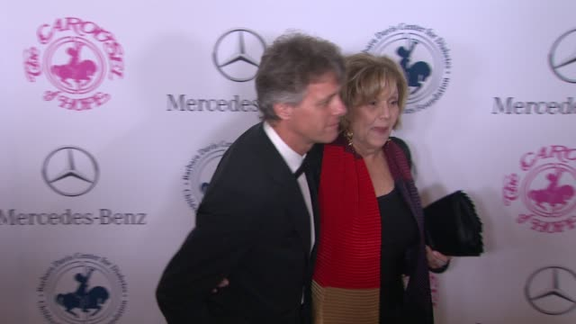 brenda vaccaro at the 2014 carousel of hope ball at the beverly hilton hotel on october 11 2014 in beverly hills california - ブレンダ ヴァッカロ点の映像素材/bロール