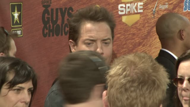 brendan fraser at the spike tv's 2nd annual guys' choice awards at sony studios in los angeles california on may 31 2008 - spike guys choice awards video stock e b–roll