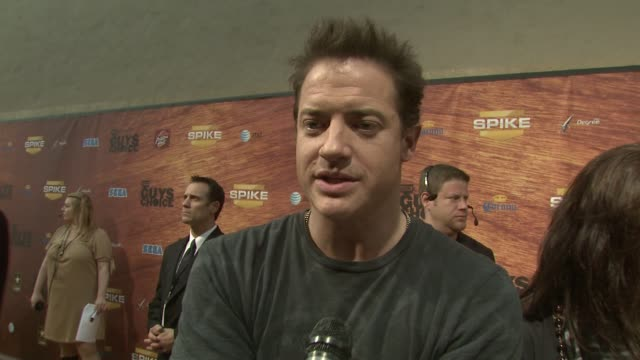 brendan fraser on his opinion of the categories tonight at the spike tv's 2nd annual guys' choice awards at sony studios in los angeles california on... - spike guys choice awards video stock e b–roll