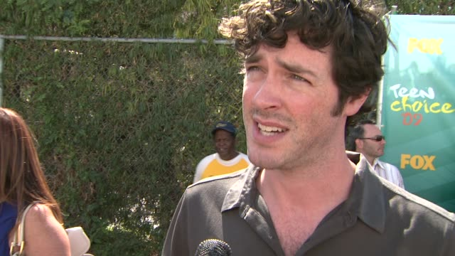 brendan hines on being at the teen choice awards, on the show, lie to me, and on his music. at the 2009 teen choice awards - arrivals at universal... - universal city video stock e b–roll