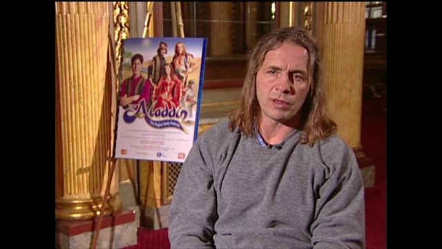 stockvideo's en b-roll-footage met bret hart on being nervous to do theater - anticipation