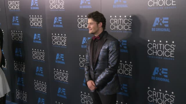 vidéos et rushes de brett dier at the 2015 critics' choice television awards at the beverly hilton hotel on may 31, 2015 in beverly hills, california. - the beverly hilton hotel