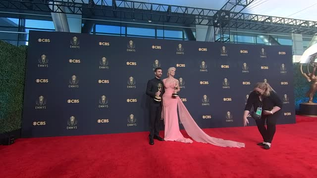 brett goldstein, winner of outstanding supporting actor in a comedy series for 'ted lasso,' and hannah waddingham, winner of outstanding supporting... - emmy awards stock videos & royalty-free footage