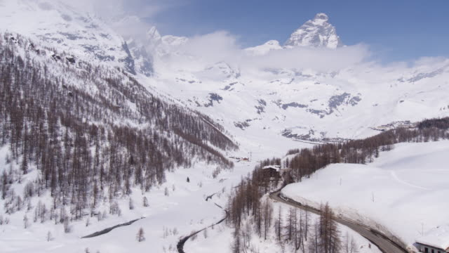 breuil-cervinia in valle d'aosta - italy - national border stock videos & royalty-free footage