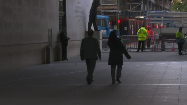 arrivals and departures at bbc broadcasting house; england: london: marylebone: bbc broadcasting house: ext sir oliver letwin departing and interview... - keir starmer stock videos & royalty-free footage