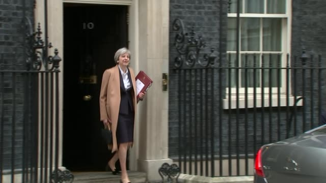 barnier deadline for britain to clarify divorce bill offer / may puts exact date on uk exit / lord kerr says uk can change its mind lib / 2932017... - 10 downing street stock videos and b-roll footage