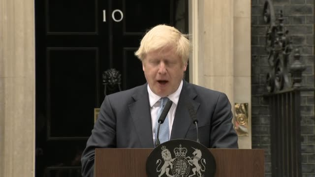 boris johnson downing street statement england london downing street ext **booing heard in background sot** boris johnson mp up to lectern and speech... - boris johnson stock videos and b-roll footage