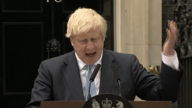 boris johnson downing street statement england london downing street **booing heard in background sot** boris johnson speech sot but if they do they... - downing street stock-videos und b-roll-filmmaterial
