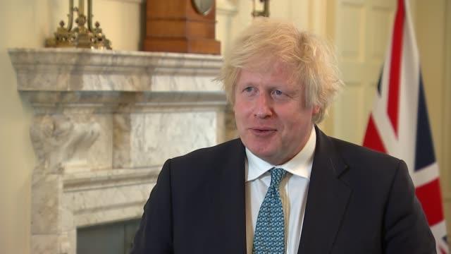vídeos y material grabado en eventos de stock de boris johnson insists there is 'good chance' of britain reaching a trade deal with the european union; england: london: westminster: downing street:... - boris johnson