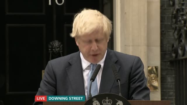 boris johnson makes downing street statement ruling out asking brussels for delay england london downing street ext boris johnson mp speech sot... - downing street stock-videos und b-roll-filmmaterial