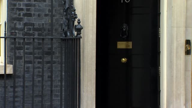 cabinet arrivals england london westminster downing street ext david mundell mp and james brokenshire mp arriving / alun cairns mp arriving / liz... - damian hinds stock videos and b-roll footage
