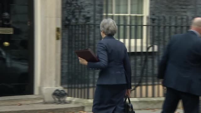 Cabinet arrives at Downing Street to discuss draft withdrawal plan ENGLAND London Downing Street EXT Theresa May MP from car and along into No 10...