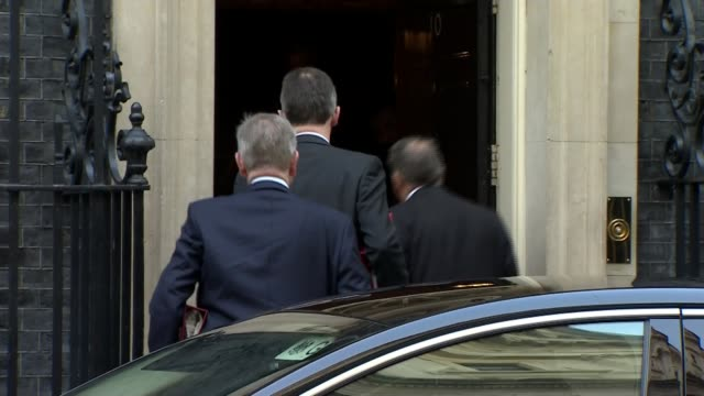 cabinet meet to discuss chequers plan england london downing street ext jeremy wright mp liam fox mp and michael gove mp into number 10 together... - liam fox politician stock videos and b-roll footage