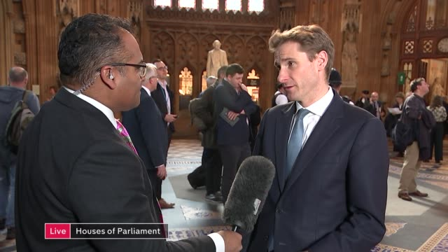 commons vote on eu withdrawal agreement channel 4 news special live england london house of commons lobby int chris philp mp interview sot - クリシュナン・グルマーフィ点の映像素材/bロール