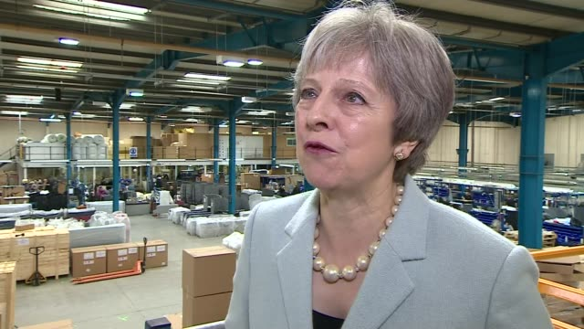 stockvideo's en b-roll-footage met confusion over policy on a customs union theresa may interview england west midlands dudley int theresa may mp brief interview re coming out of the... - west midlands
