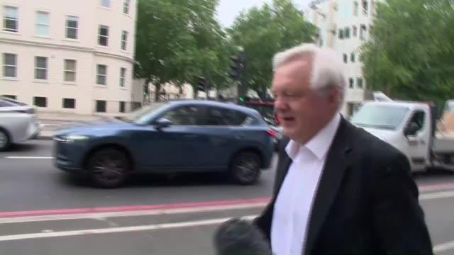 david davis doorstep interview; england: london: ext david davis mp ignoring questions as along sot - david m. davis politician stock videos & royalty-free footage