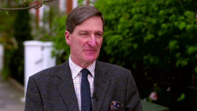 dominic grieve loses vote of no confidence in local conservative party england ext dominic grieve mp along with reporter and interview sot [reporter... - dominic grieve stock videos and b-roll footage